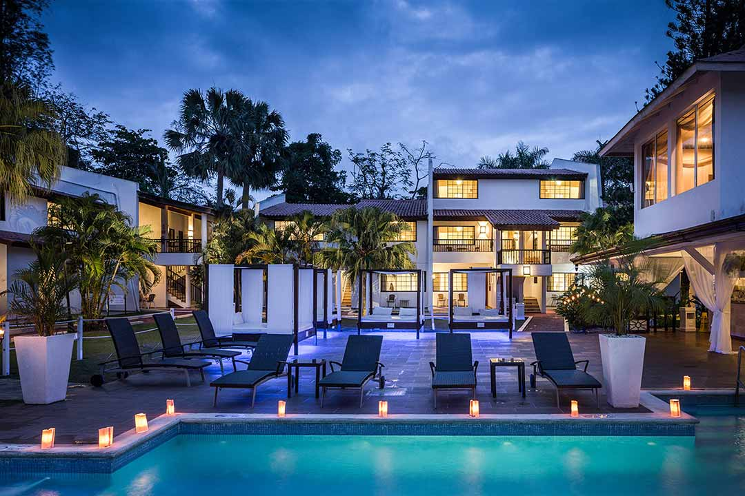 Bluebay Villas Doradas Relaxation Pool