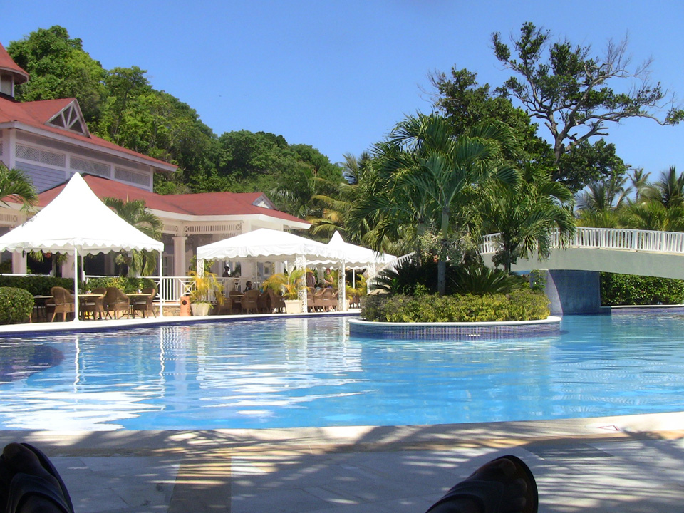 The pool at Cayo Levantado