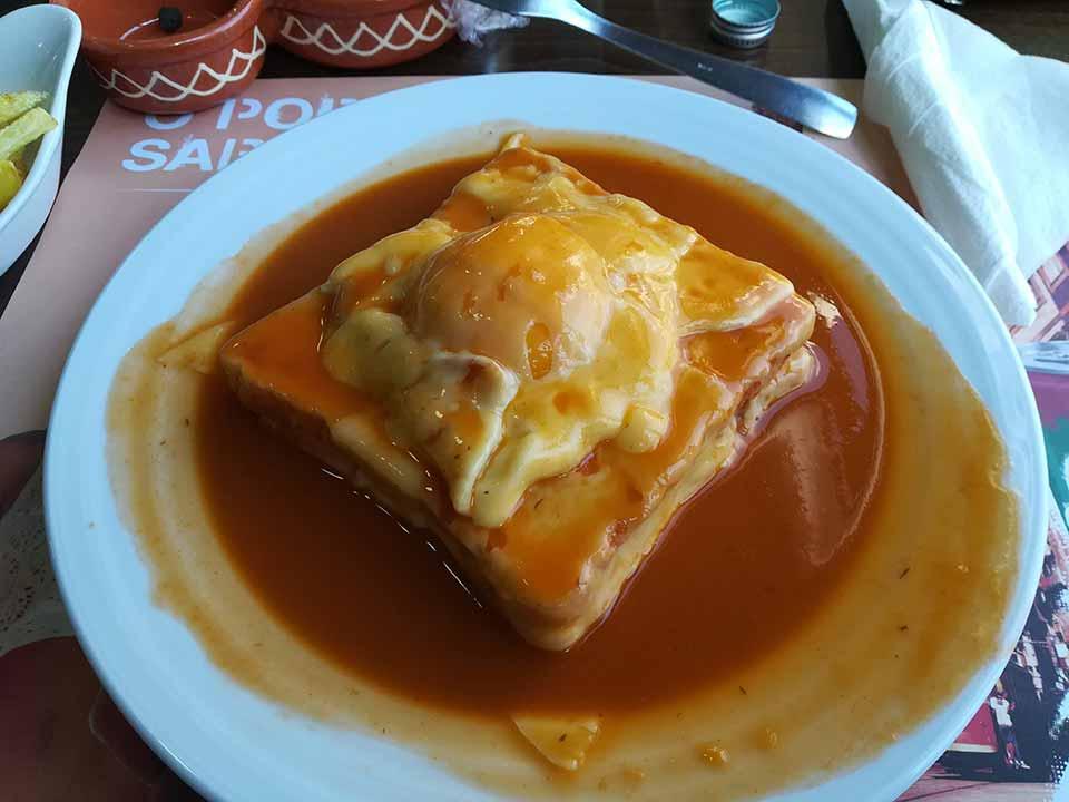 franceshina sandwich in Porto