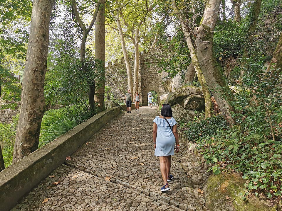Walking uphill to the Moorish Palace on our day trip to Sintra